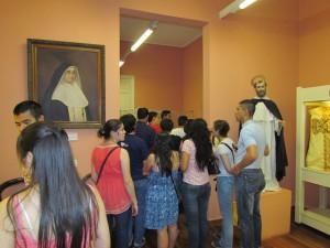 En las salas del Museo